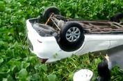 Gara-gara Bersin Saat 'Nyetir', Mobil Pria Ini Tabrak Tiang Listrik