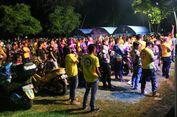 Masyarakat NMAX Buka Tenda di Pantai Lombok