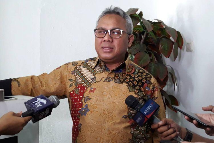 Ketua KPU Arier Budiman di kantor KPU, Menteng, Jakarta Pusat