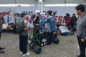 Terkagum-kagum Jajal Mobil Listrik Karya Mahasiswa di IIMS