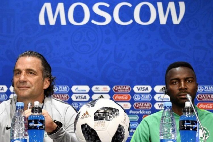 Pelatih Arab Saudi, Juan Antonio Pizzi, melakukan jumpa pers di Stadion Luzhniki, 13 Juni 2018, jelang laga pembuka Piala Dunia 2018 kontra Rusia.