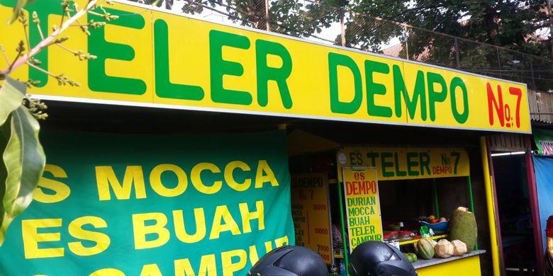 Suasana di Es Teler Dempo No 7 Jalan Gede Kota Malang, Sabtu (28/7/2018).