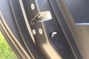 """Aktifkan """"Child Safety Lock"""" Biar si Kecil Tak Bisa Buka Pintu Mobil"""