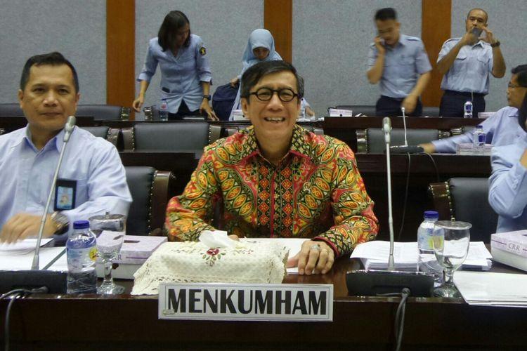 Menteri Hukum dan HAM, Yasonna H Laoly saat melaksanakan rapat dengan Badan Legislasi DPR di Kompleks Parlemen, Senayan, Jakarta, Senin (4/9/2017).