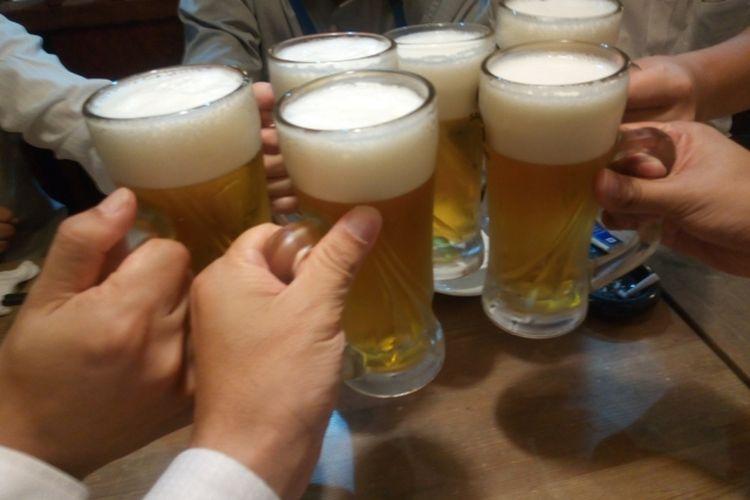 Minum bir bersama
