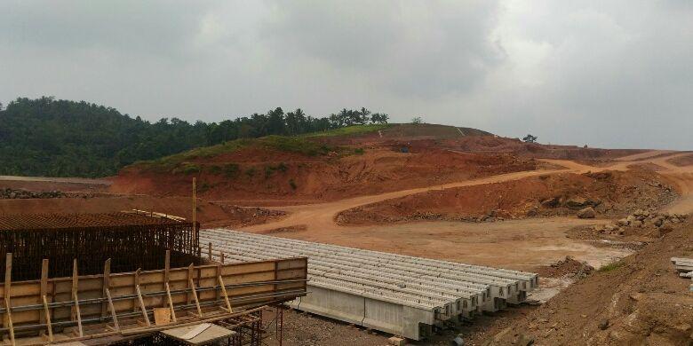 Seksi 1 Sidomulyo-Bakauheni yang merupakan bagian dari Ruas Tol Bakauheni-Terbanggi Besar di Lampung akan fungsional ketika lebaran nanti.