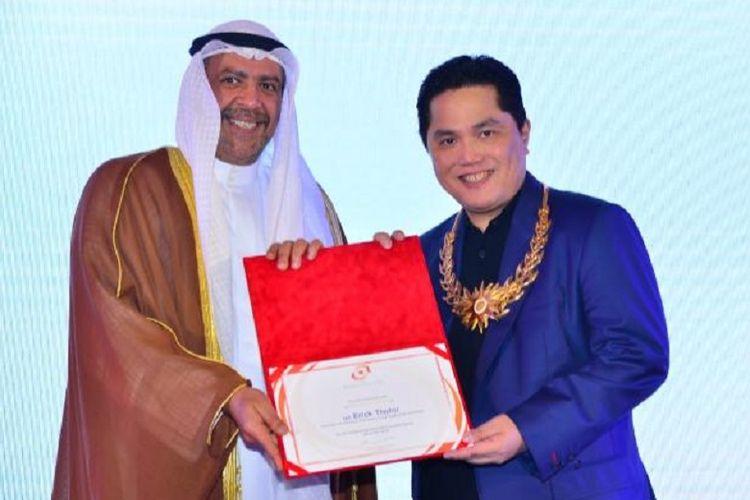 Ketua Umum Komite Olimpiade Indonesia (KOI), Erick Thohir, mewakili Indonesia untuk menerima penghargaan OCA Award dari Dewan Olimpiade Asia (OCA) di Bangkok, Sabtu (2/3/2019).