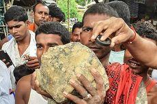 Diduga Meteorit, Batu Sebesar Bola Sepak Jatuh dari Langit ke Sawah di India