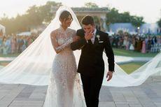 Nick Jonas Menangis Saat Lihat Priyanka Chopra Berjalan ke Altar