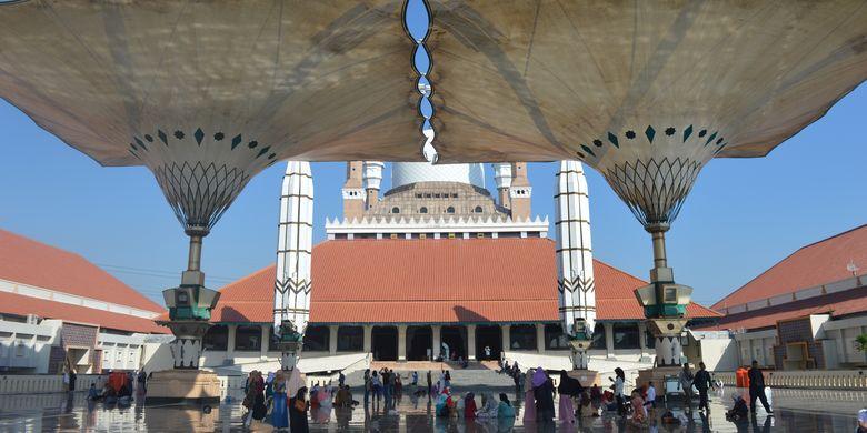 Masjid Agung Jawa Tengah di Jalan Gajahraya, Kota Semarang