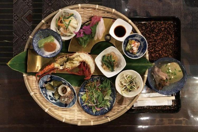 Natsukasha-ya / Menikmati hidangan yang dibuat menggunakan bahan-bahan lokal Amami