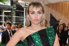 Miley Cyrus Alami Pelecehan Seksual di Barcelona
