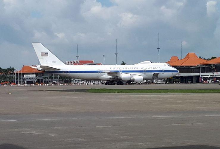 Siang Ini, Pesawat 'Hari Kiamat' AS Mendarat di Bandara Soetta