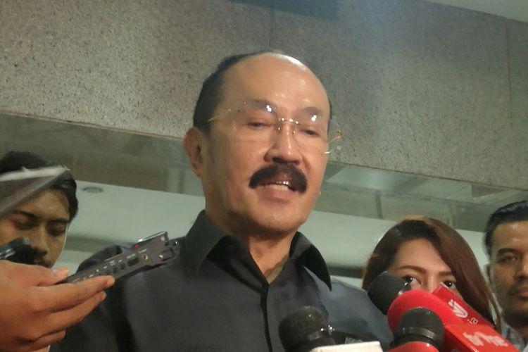 Pengacara Ketua DPR RI Setya Novanto, Fredrich Yunadi di Gedung Mahkamah Konstitusi, Senin (13/11/2017)