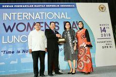 Punya Menteri Perempuan Terbanyak di Kabinet, Jokowi Dapat Penghargaan dari DPR