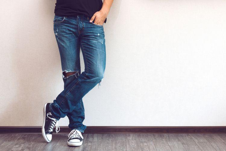 Ilustrasi pria dan celana jeans
