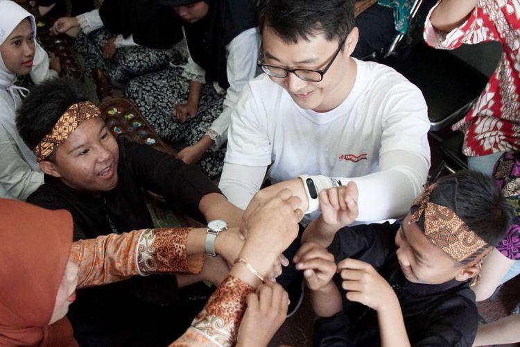 7 Mahasiswa Korea Kunjungi SLB Bandung (7/8/2018)