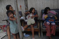 6 Bulan Bolos Sekolah, 2 Siswi SD Memulung di Malam Hari demi Bantu Ibu
