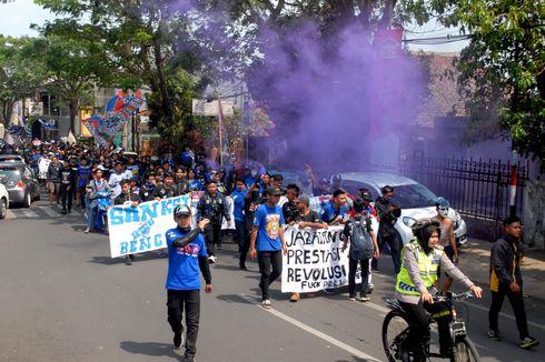 Buntut Sanksi PSSI, Bobotoh Persib Bandung Sampaikan Tuntutan ke DPRD