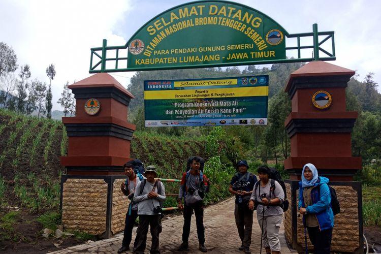Pintu gerbang pendakian Gunung Semeru, Sabtu (7/4/2018).