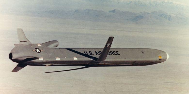 Rudal jelajah AGM-86B milik AS yang dikembangkan semasa era Perang Dingin.