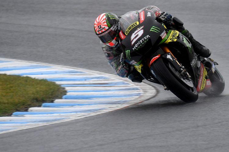 Pebalap Monster Yamaha Tech 3, Johann Zarco, menjalani sesi latihan bebas GP Jepang di Twin Ring Motegi, Jumat (13/10/2017).