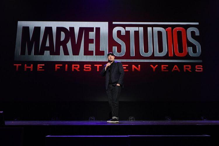Presiden Marvel Studios Kevin Feigi berbicara tentang proyek-proyek film Marvel di panggung D23 yang digelar di Anaheim Convention Center, Anaheim, California, Sabtu (15/7/2017).