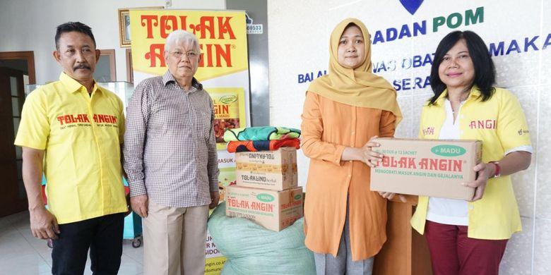 Perusahaan Jamu dan Farmasi Sido Muncul memberikan bantuan senilai Rp 185 juta untuk korban bencana tsunami di Wilayah Banten dan Lampung.