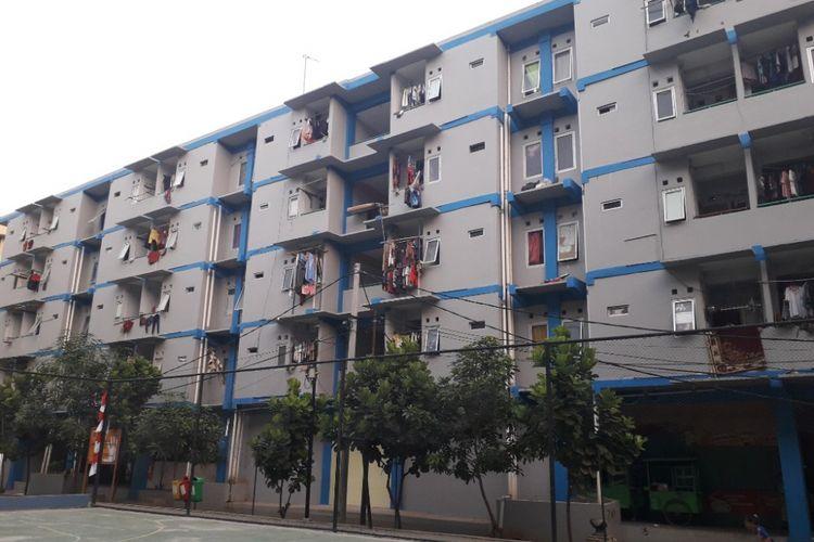 Bangunan Blok A11 Rusun Marunda yang menjadi hunian warga gusuran dari berbagai tempat, Selasa (14/8/2018).
