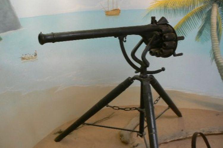 Senapan mesin pertama dunia Puckle Gun