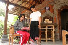 Kisah Anak Penjual Sandal dari Bali Diterima Kuliah UGM