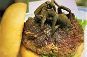 Beranikah Anda Mencoba Makan Burger Tarantula?