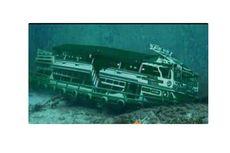 [HOAKS] Foto Kapal Sinar Bangun di Dasar Danau Toba
