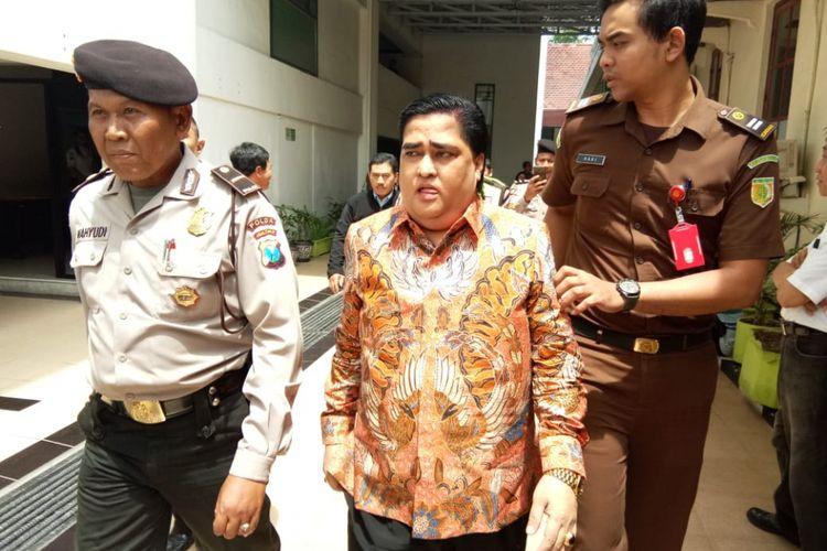 Dimas Kanjeng Taat Pribadi usai sidang vonis di PN Surabaya, Rabu (5/12/2018)