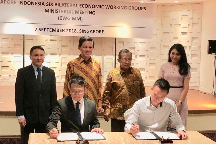 Penandatanganan perjanjian kerjasama Skystar Venture dan Action Community for Entrepreneurship (ACE) Singapura disaksikan Menteri Koordinator Perekonomian Indonesia, Darmin Nasution beserta Menteri Perdagangan dan Industri Singapura, Chan Chun Sing pada pertemuan tingkat menteri 6WG hari ini (7/9/2018).