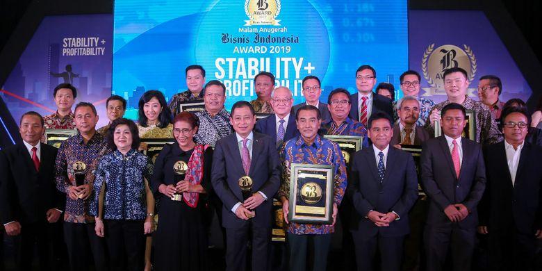 PT Bank Rakyat Indonesia (Persero) Tbk (Bank BRI) mendapatkan penghargaan sebagai Bank Persero Terbaik dan CEO of The Year 2019 di ajang Bisnis Indonesia Award 2019. Penghargaan itu diterima langsung oleh Direktur Utama Bank BRI Suprajarto, di Hotel Raffles, Jakarta, Jumat (12/7/2019).