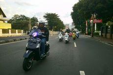 Saat Penggemar Vespa Lawas dan Modern Keliling Jakarta