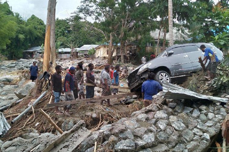 Pasca Banjir Bandang 25 Kampung Terendam Luapan Danau Sentani