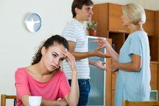 Frustrasi Ada Ibu Mertua, Seorang Pria Gugat Istrinya
