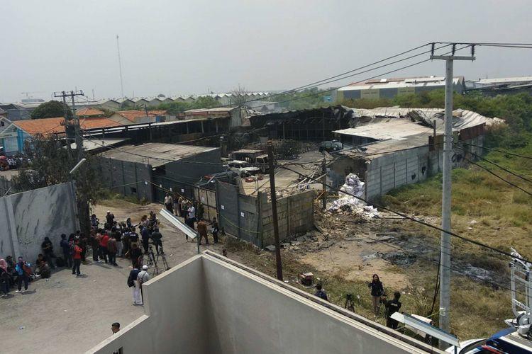 Pabrik mercon yang terbakar di Kosambi, Tangerang, Jumat (27/10/2017).