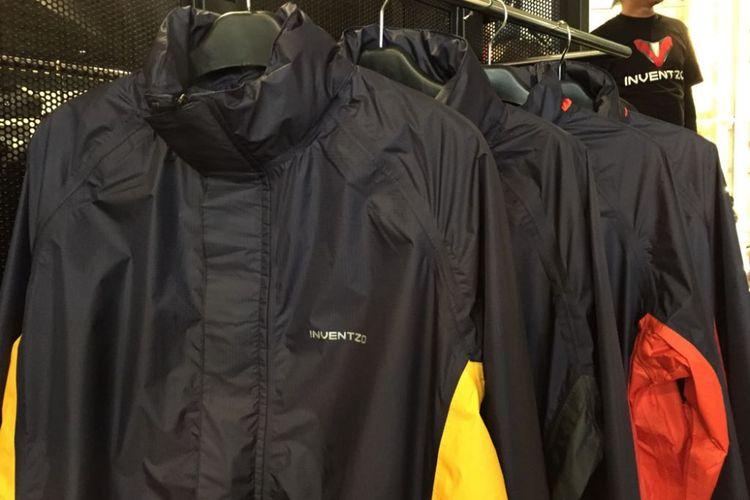 Jaket buatan lokal, merek Inventzo.