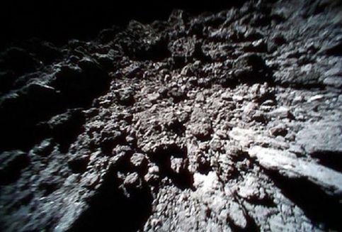 Puing Asteroid Ryugu Simpan Petunjuk Keberadaan Air Bumi, Kok Bisa?