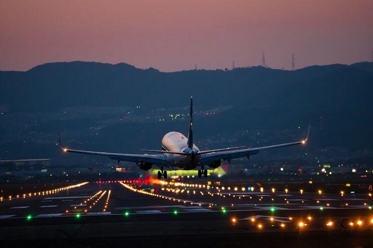 Ilustrasi landasan pacu bandara