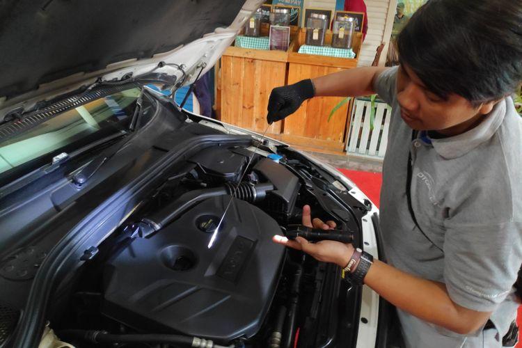 OLX bekerja sama dengan OtoSpector, menyedikan jasa pemeriksaan kendaraan terpercaya bagi calon pembeli mobil bekas