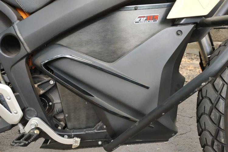 Lokasi baterai dan motor listrik Zero DS