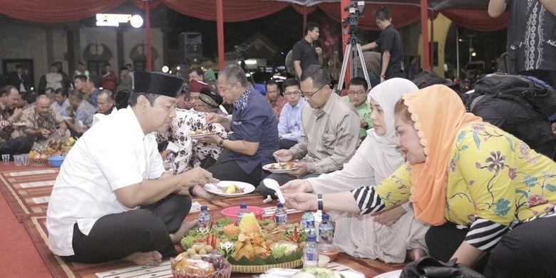 129 Tumpeng Kembul Bujono Tandai Peringatan 1 Muharam di Semarang
