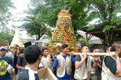 Tiga Gunungan Besar dan 50 Tumpeng Jadi Primadona pada Haul KH Syafi'i