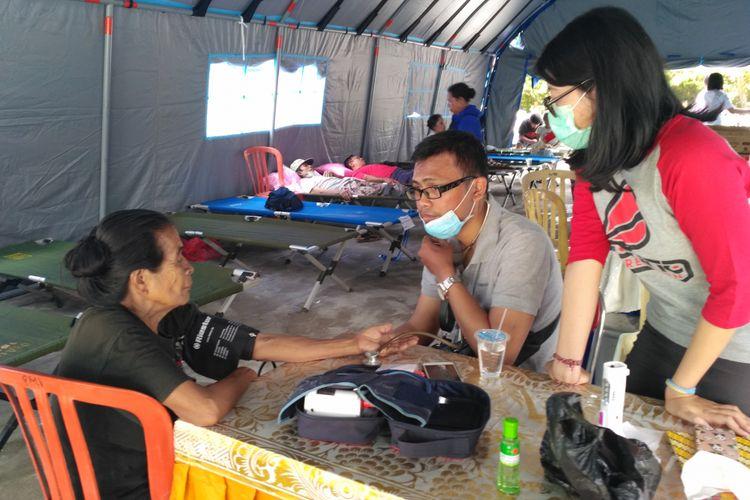 Pengungsi Gunung Agung mulsi mengeluhkan kondisi kesehatan