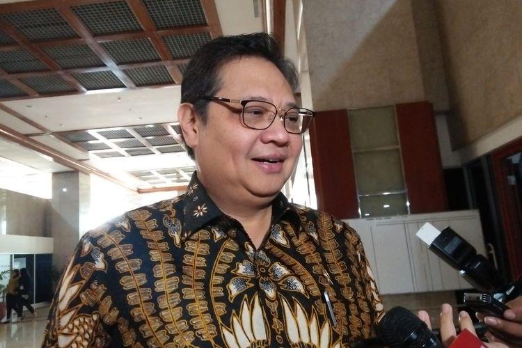 Ketua Umum Partai Golkar, Airlangga Hartarto di Kompleks Parlemen, Senayan, Jakarta, Rabu (17/7/2019)