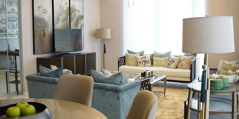 Ruang keluarga di apartemen Saumata Suites
